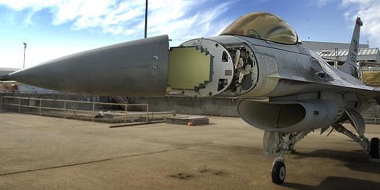 Los Estados Unidos de Norte América - Página 2 Scalable_beam_radar_f-16